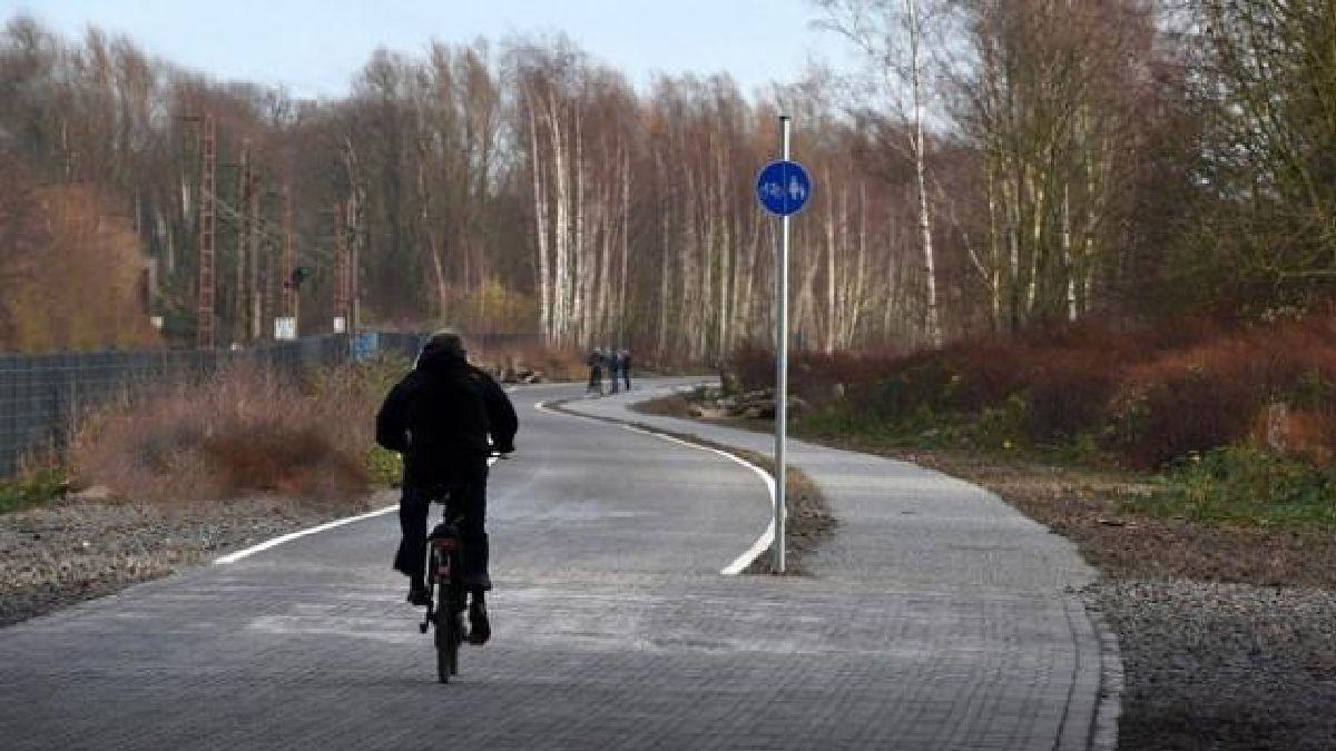 L'Allemagne Inaugure Une Autoroute de 100km Préservée pour les vélos, Sans Voitures