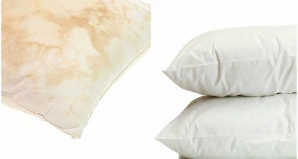 Astuce simple pour blanchir vos vieux oreillers jaunis !
