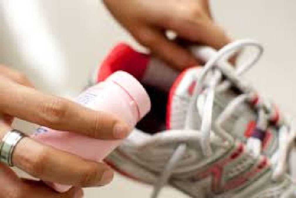 Comment se débarrasser des mauvaises odeurs des chaussures pour de bon !