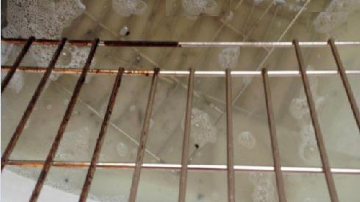 En combinant ces 2 ingr dients vous aurez des grilles propres sans r curage - Nettoyer les grilles du four ...
