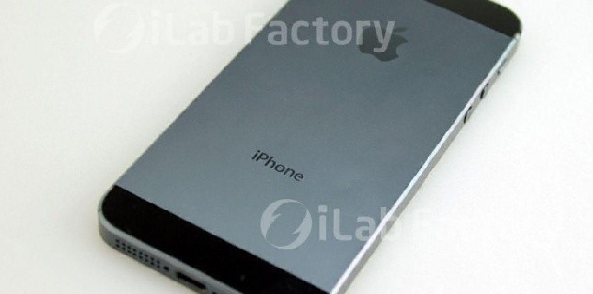 Ce iPhone fonctionne encore après une chute d'avion