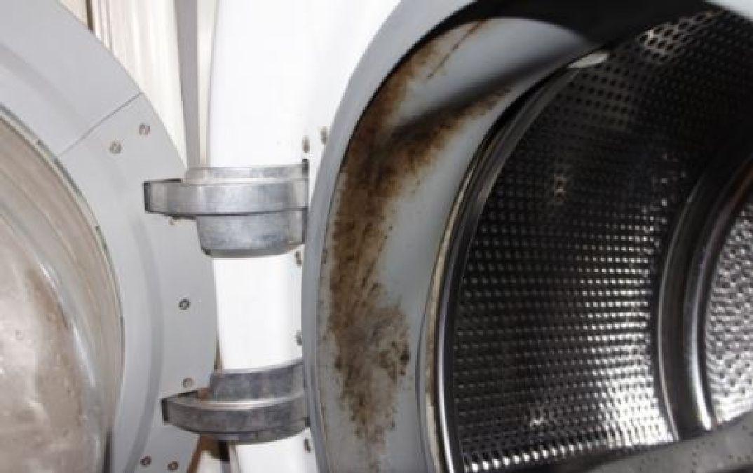 comment liminer la moisissure de la machine laver en utilisant ces deux ingr dients. Black Bedroom Furniture Sets. Home Design Ideas