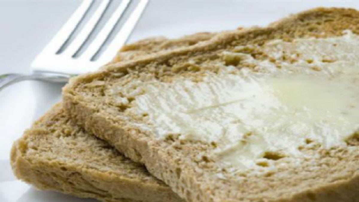 Pain à 3 ingrédients sans gluten qui vous donnera de l'énergie pendant toute la journée