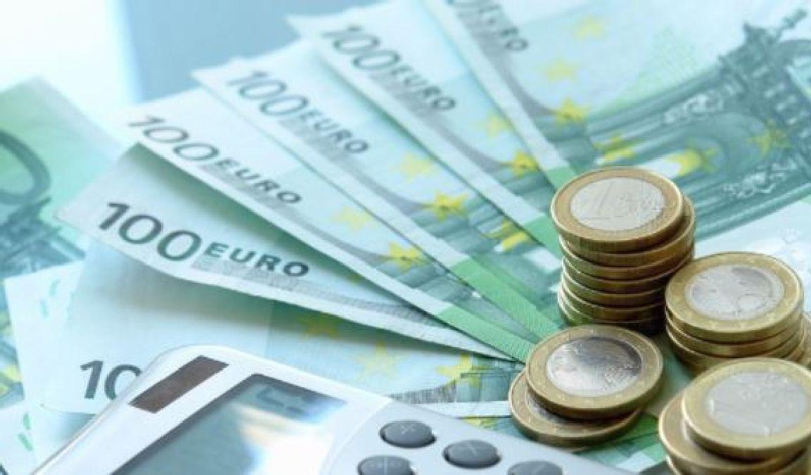 Le salaire mensuel moyen en France en hausse à 2225 euros
