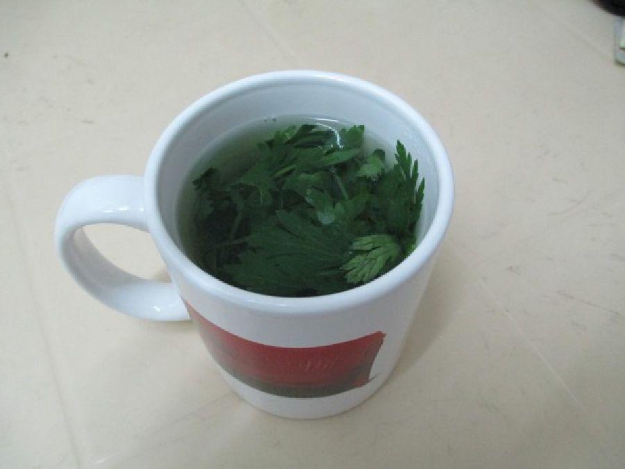 Ce thé très puissant soulagera vos jambes enflées