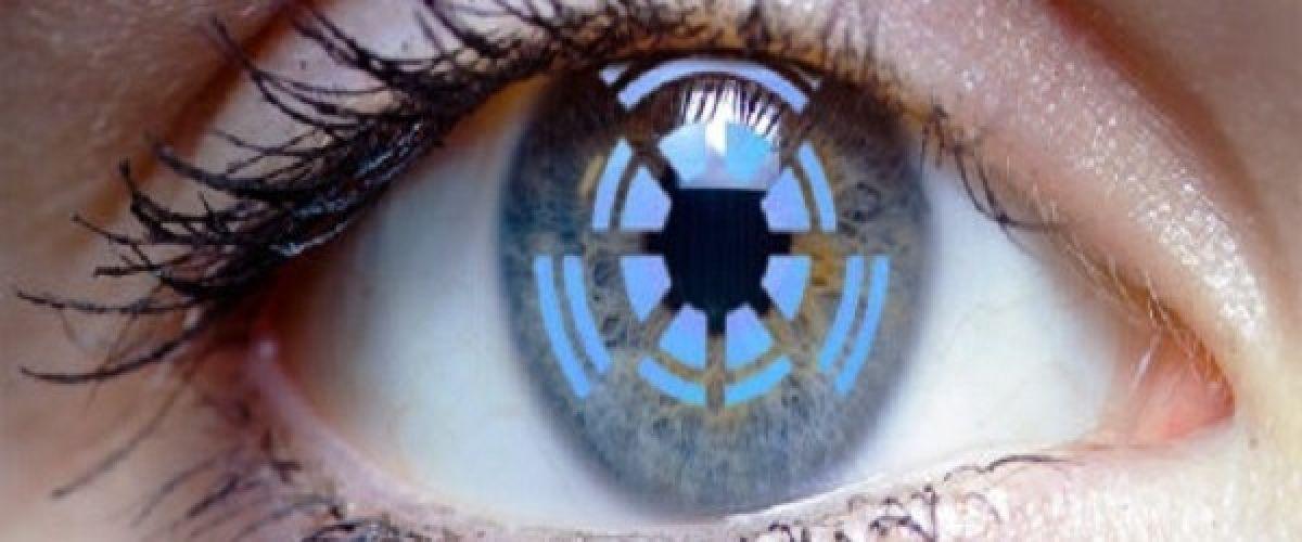 Savez-vous pourquoi les personnes aux yeux bleus sont spéciales et différentes des autres?